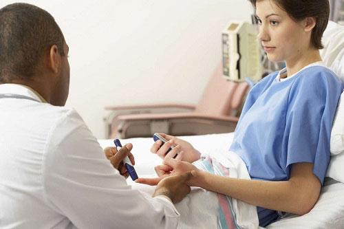 Chi phí phá thai bằng hút điều hòa kinh nguyệt gồm những khoản nào?