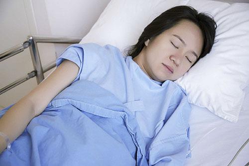 Mắc bệnh phụ khoa có nên tiếp tục phá thai tại phòng khám ?